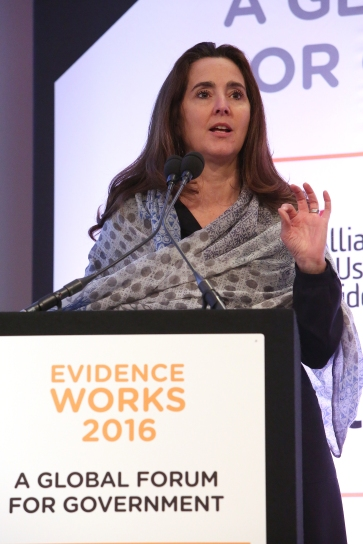 evidence-works-2016-global-convening_520